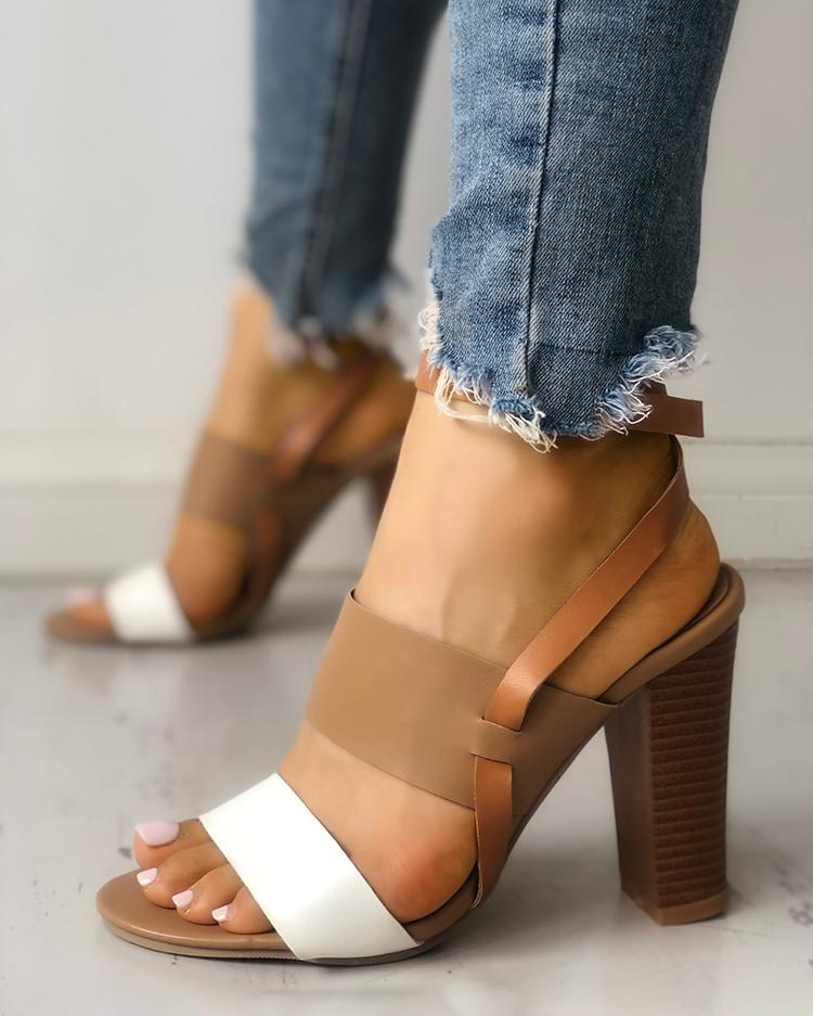 joyshoetique / Contrast Color Slingback Buckled Chunky Heeled Sandals