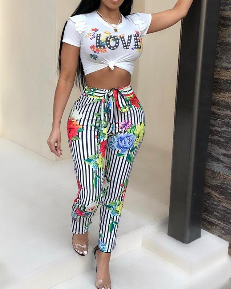 Print Cropped Top&Pinstriped Floral Belted Pant Set