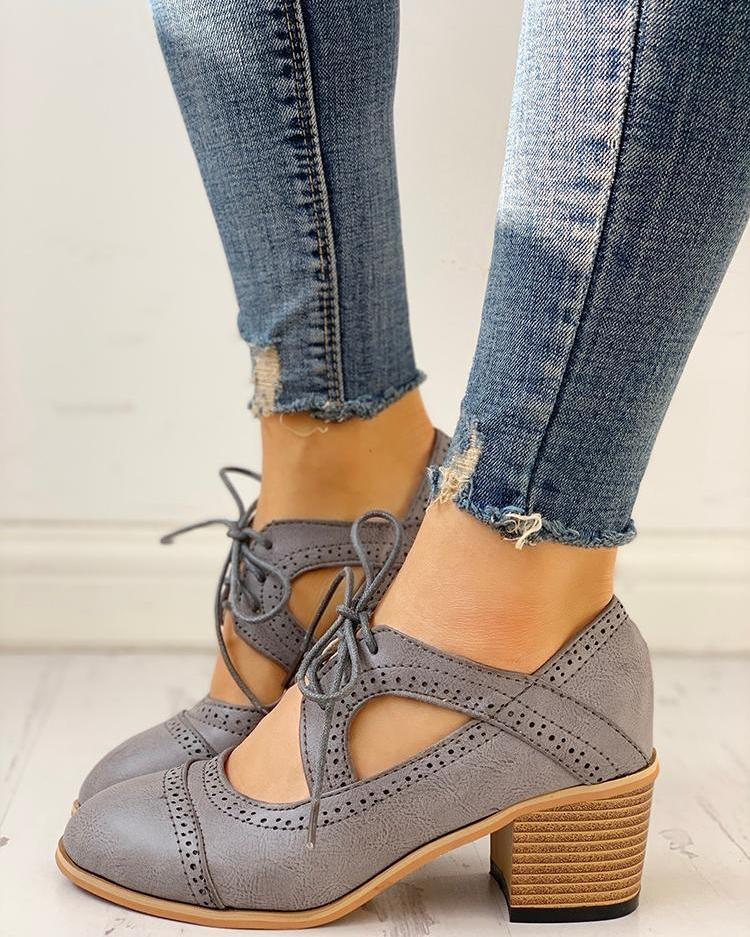 chicme / Lace-Up Cut Out Chunky Heels
