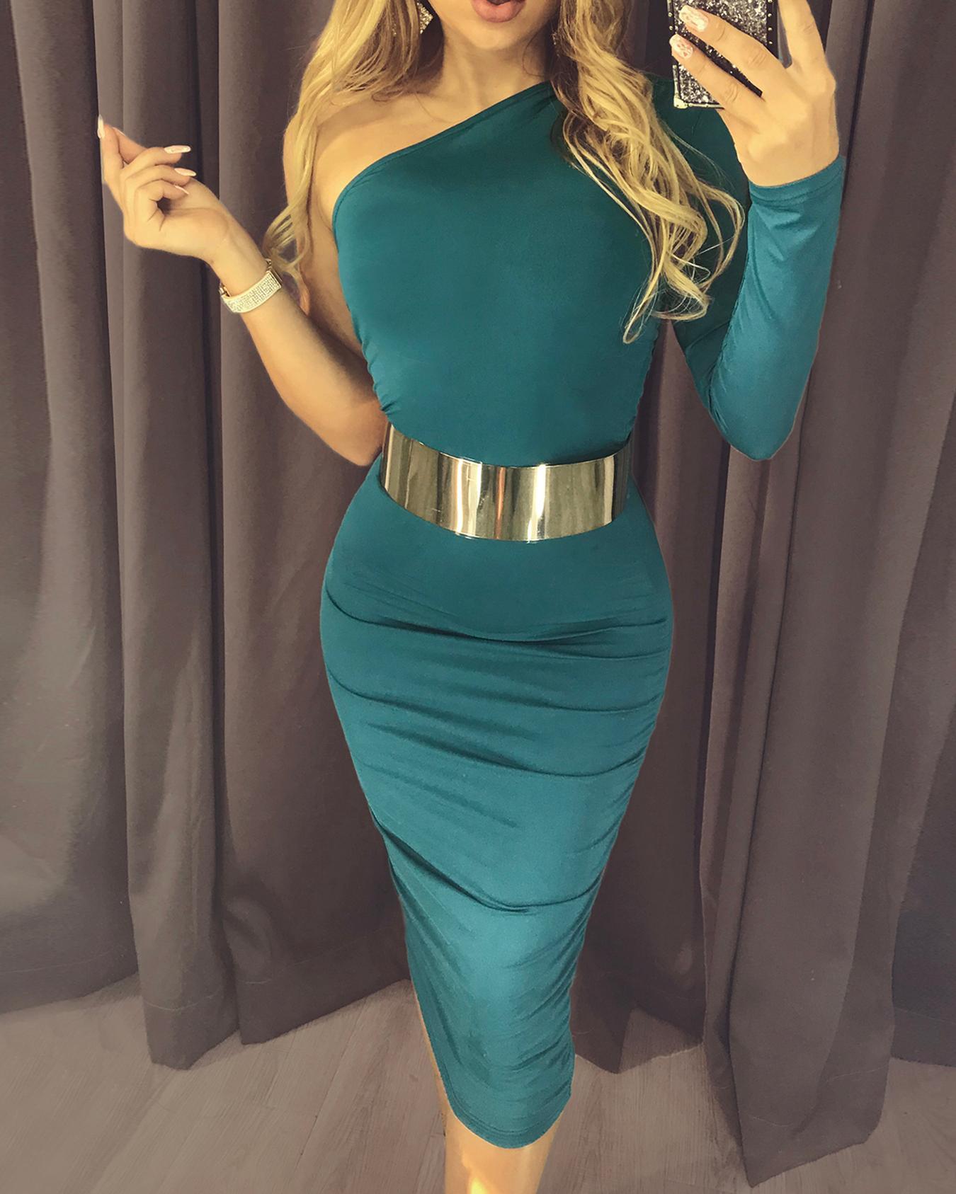 One Shoulder Ruched Design Slinky Dress