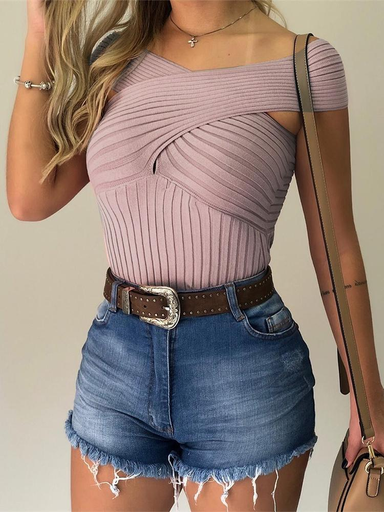 joyshoetique / Crisscross Design Short Sleeve Top