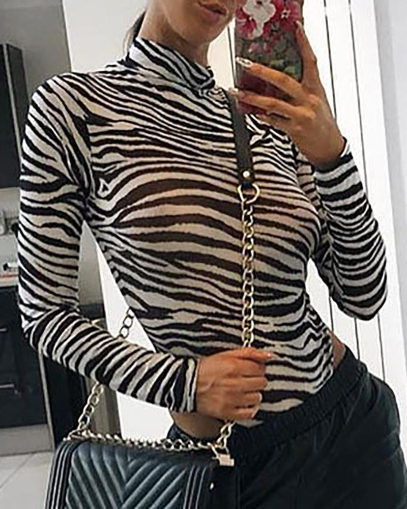 Zebra Print Long Sleeve Bodysuit фото