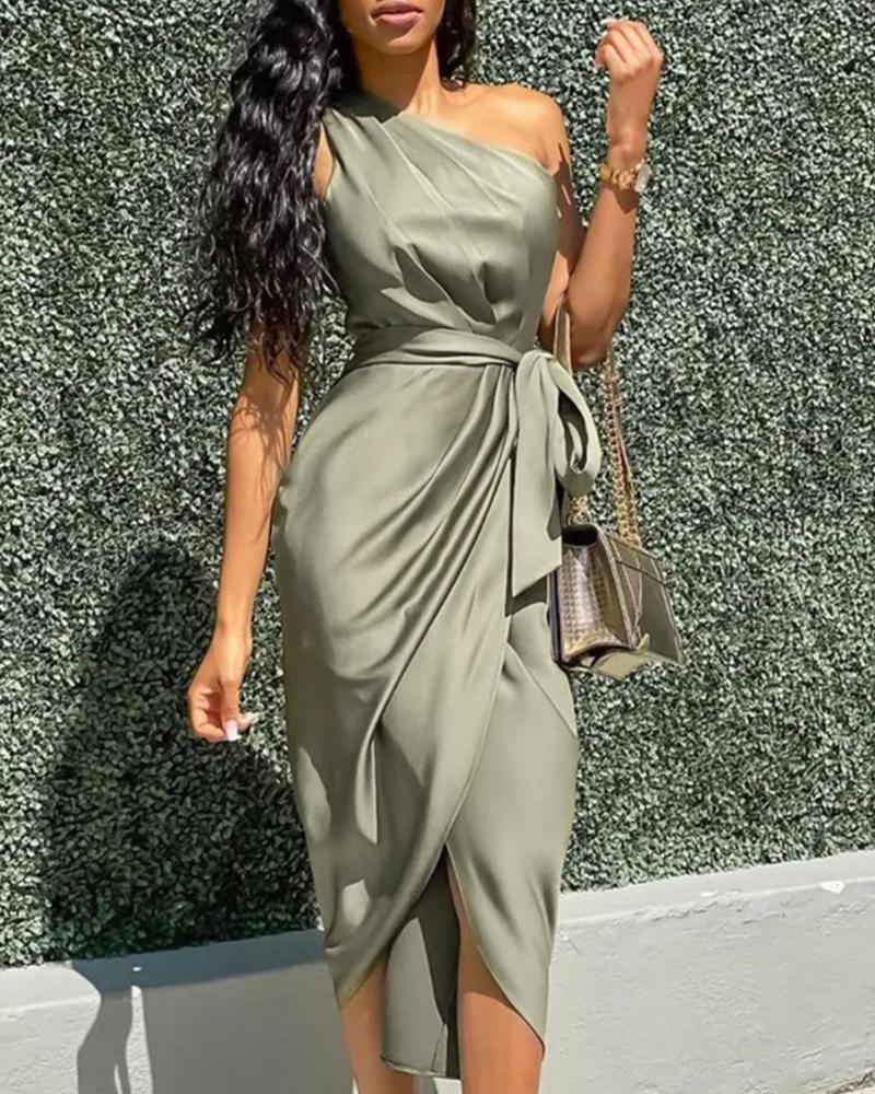 boutiquefeel / Vestido de fiesta con diseño fruncido de un hombro