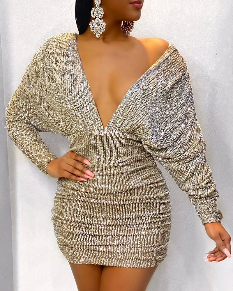 boutiquefeel / Ruched V-Neck Backless Bodycon Sequin Dress