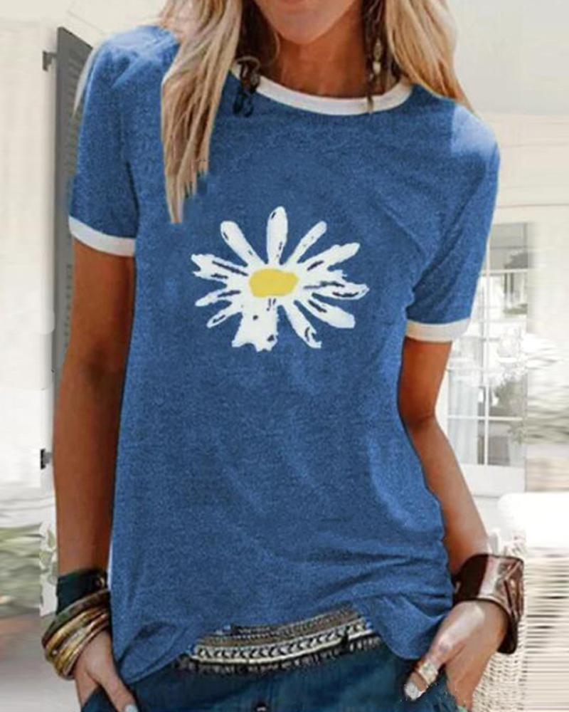 Diasy Print Contrast Trim T-Shirt фото