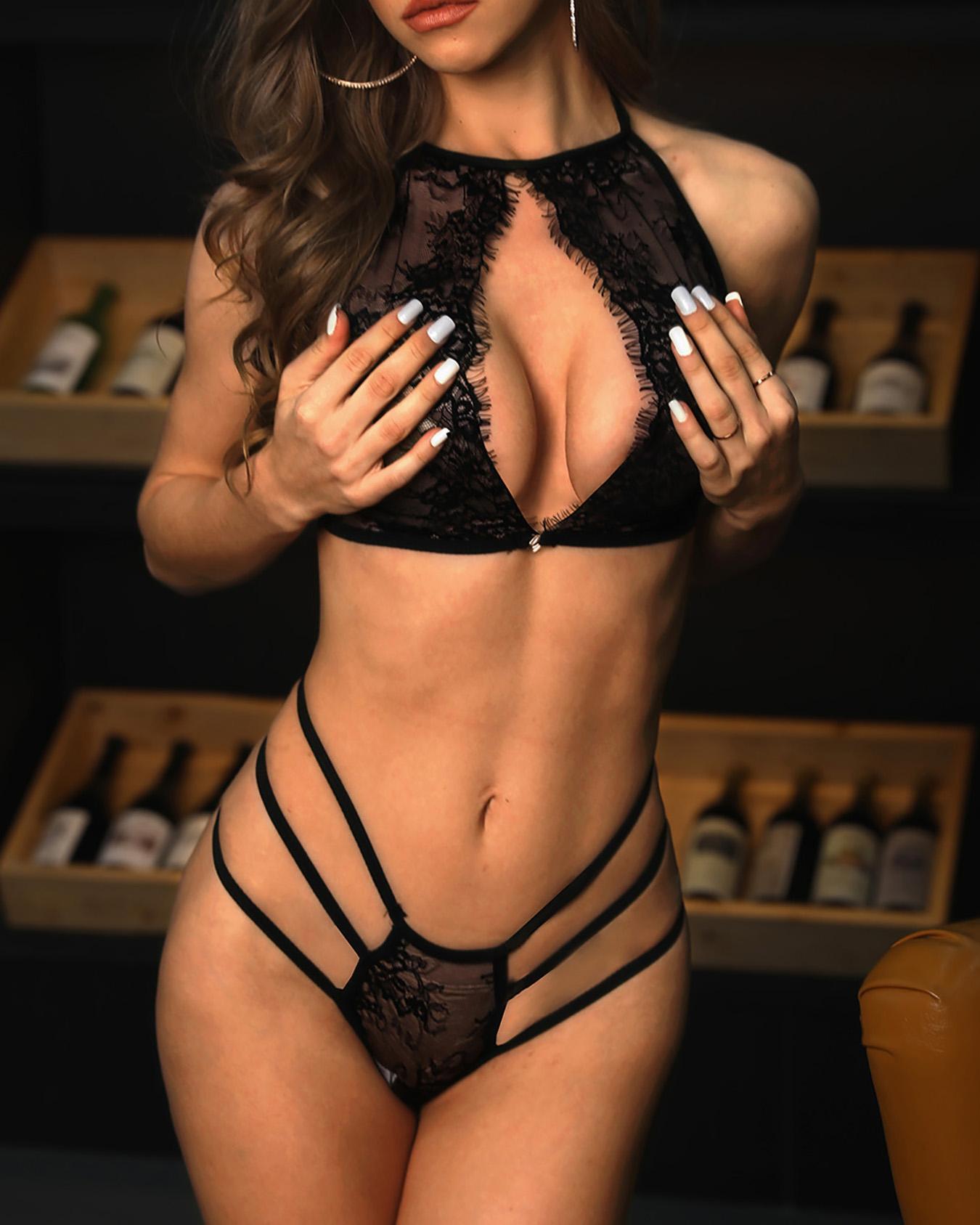 chicme / Conjunto de lingerie de bandagem de renda Halter recorte sedutor