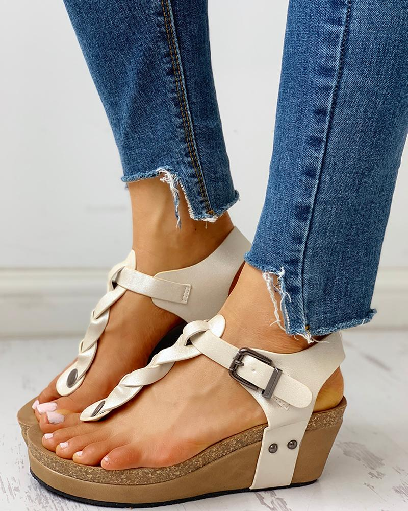 chicme / Rivet Design Toe Post Wedge Sandals