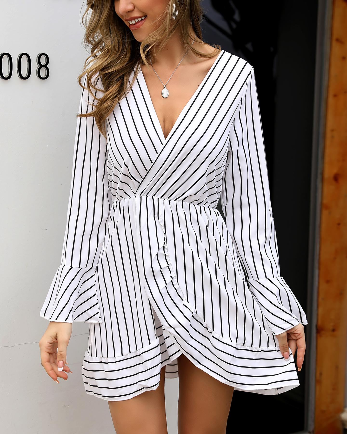 Ruffle Hem Striped Wrap Dress фото