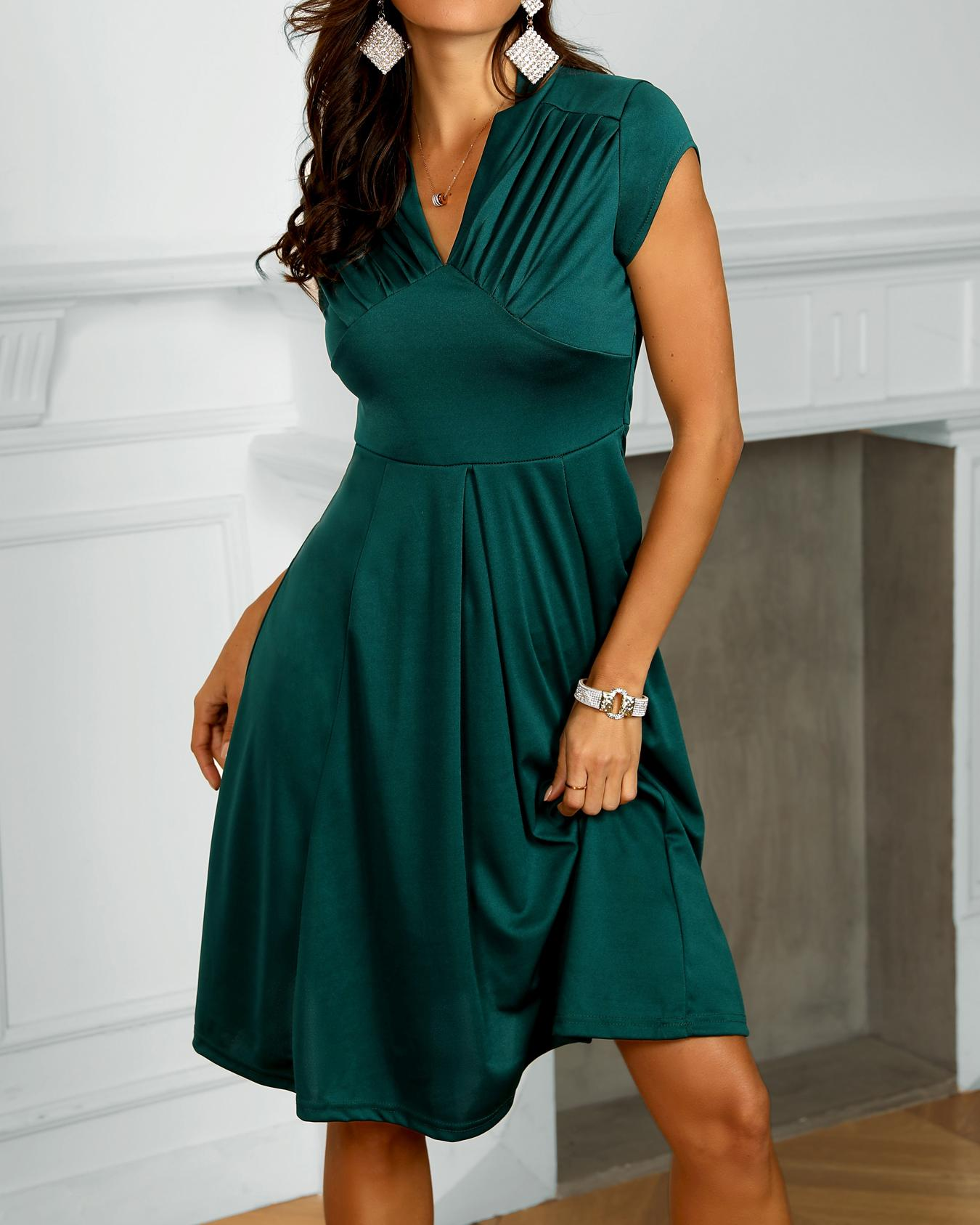 Ruched Solid Pleated Casual Dress