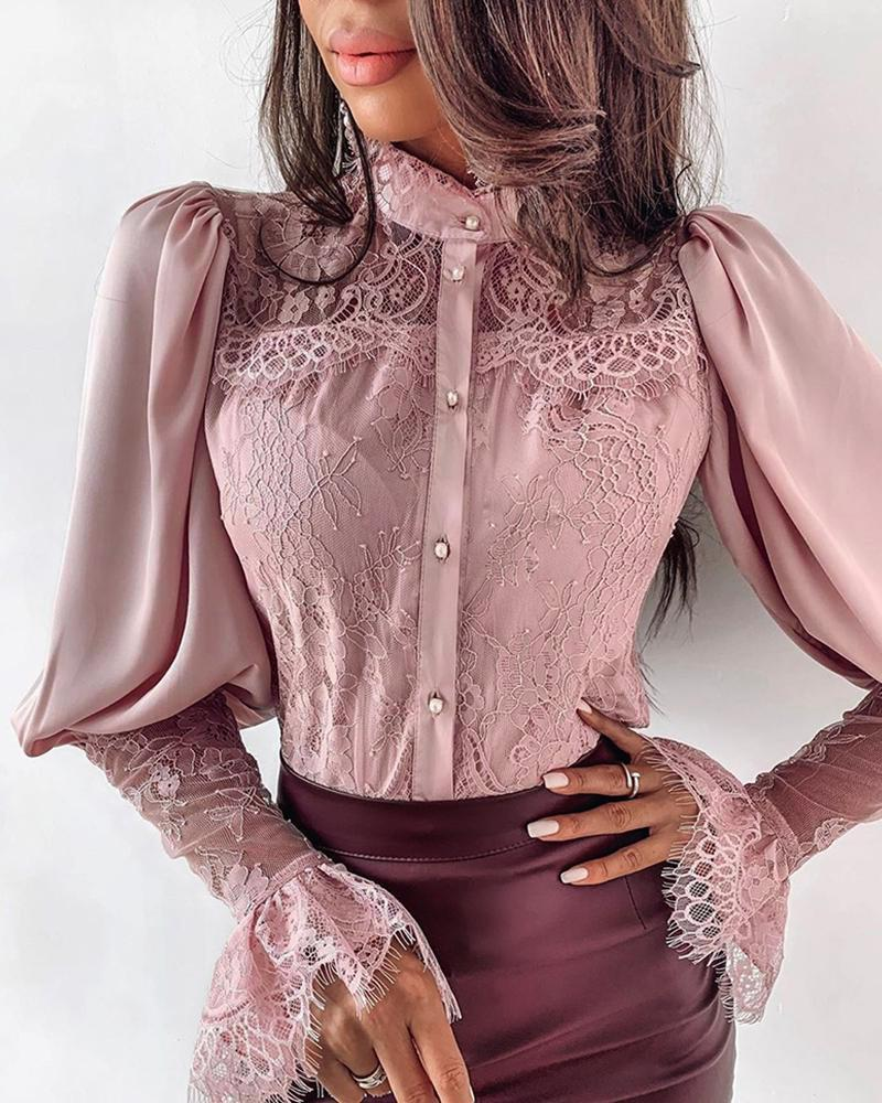 chicme / Blusa abotonada con manga de soplo de patchwork de encaje