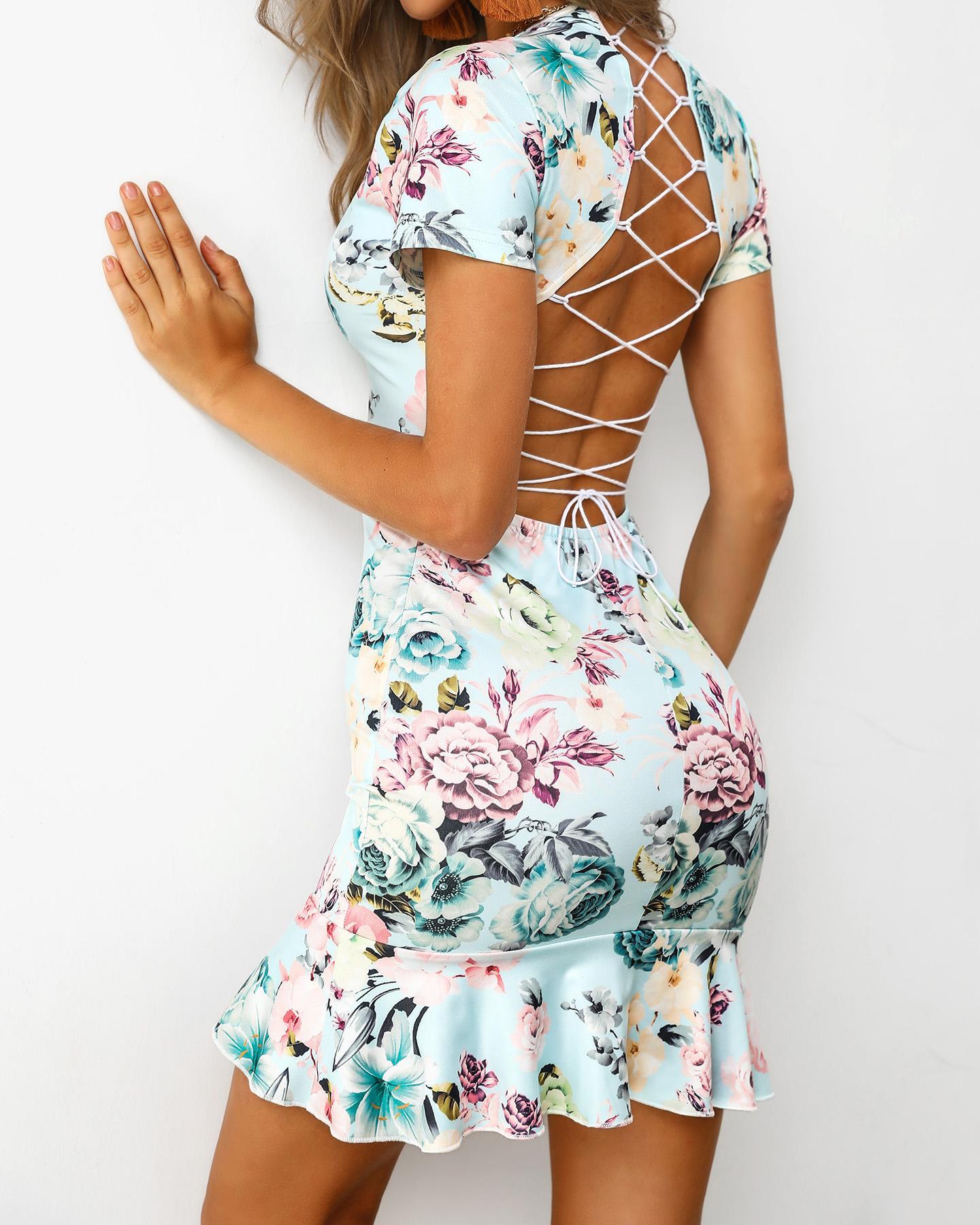 Lace-Up Back Ruffles Print Dress фото