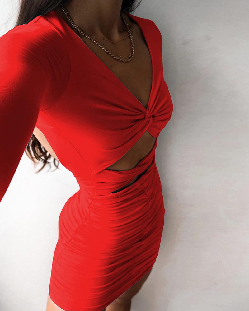 Twisted Cutout Front Ruched Bodycon Dress фото