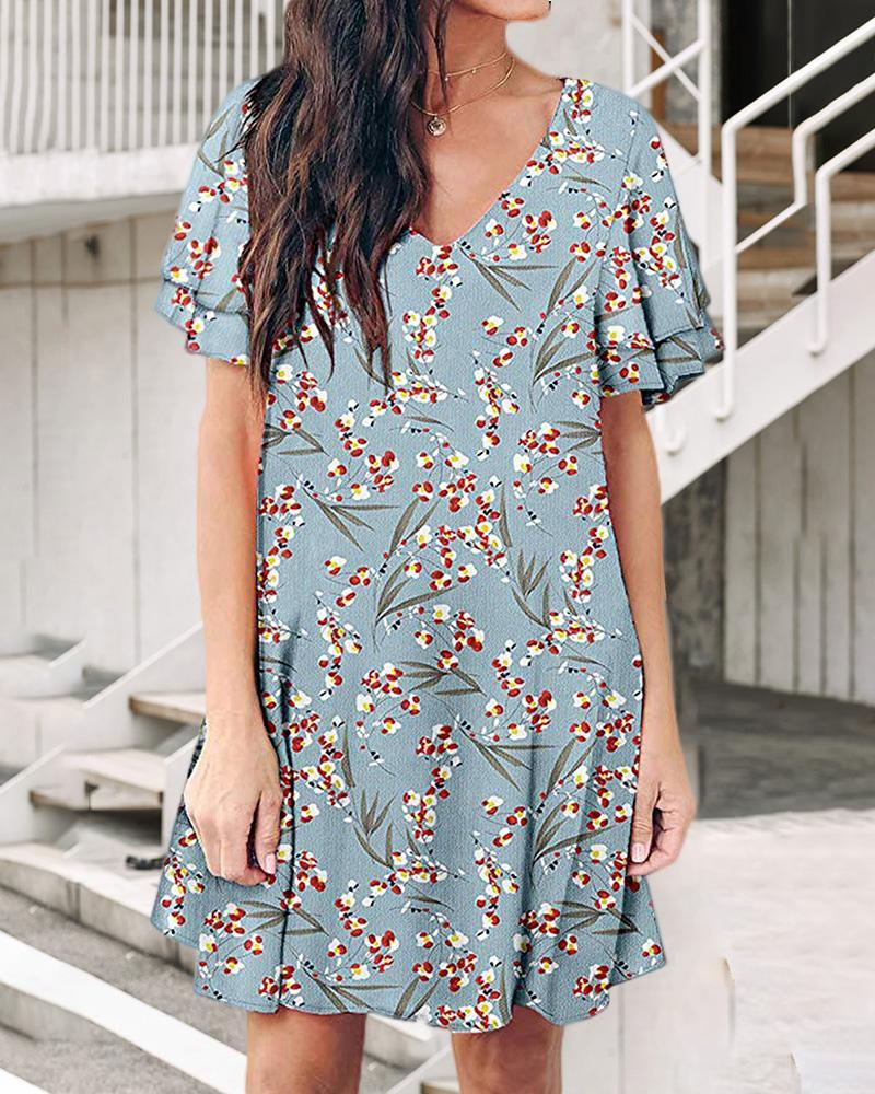 chicme / Vestido con estampado de hojas florales y cuello en V
