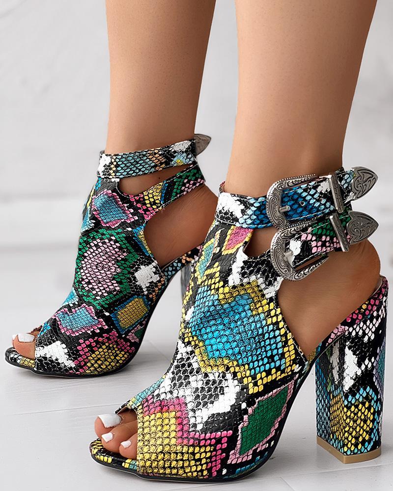 ivrose / Snakeskin Ankle Buckled Chunky Heels
