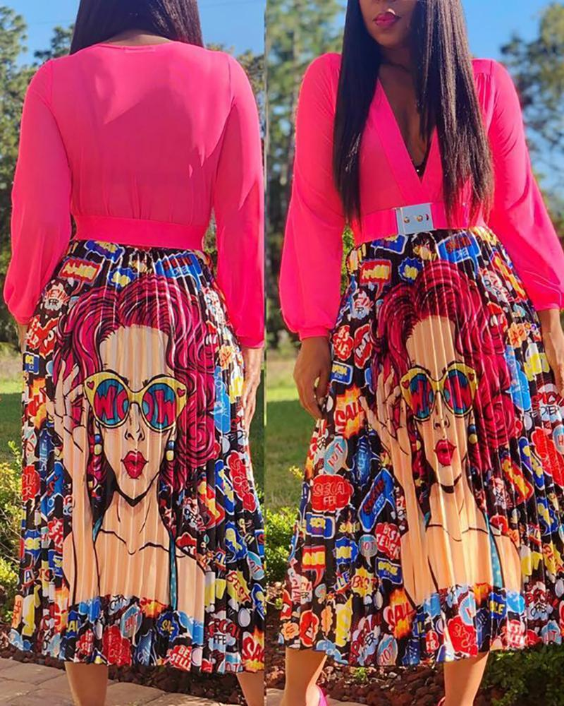 Figure Print Long Sleeve V Neck Pleated Dress