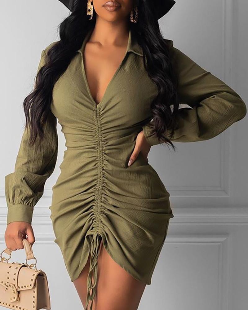 chicme / Vestido ajustado irregular con pliegues sólidos