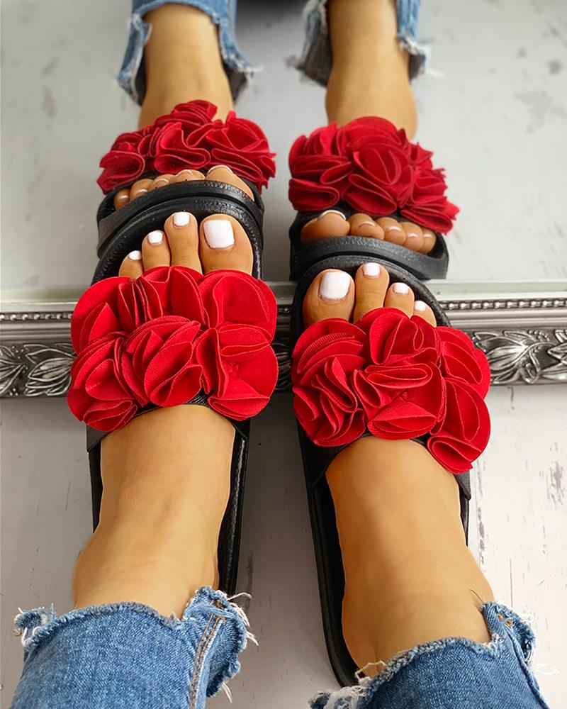 ivrose / Ruched Flower Embellished Flat Sandals
