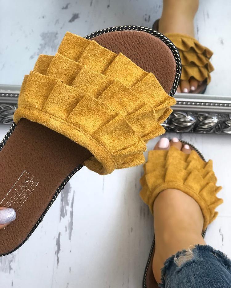joyshoetique / Velvet Ruffles Layered Non-Slip Slippers