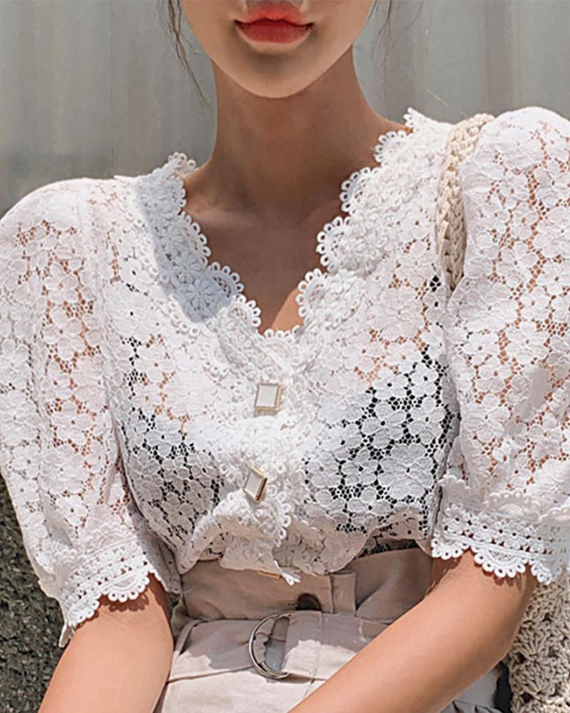 Floral Pattern Guipure Lace Puff Sleeve Top фото