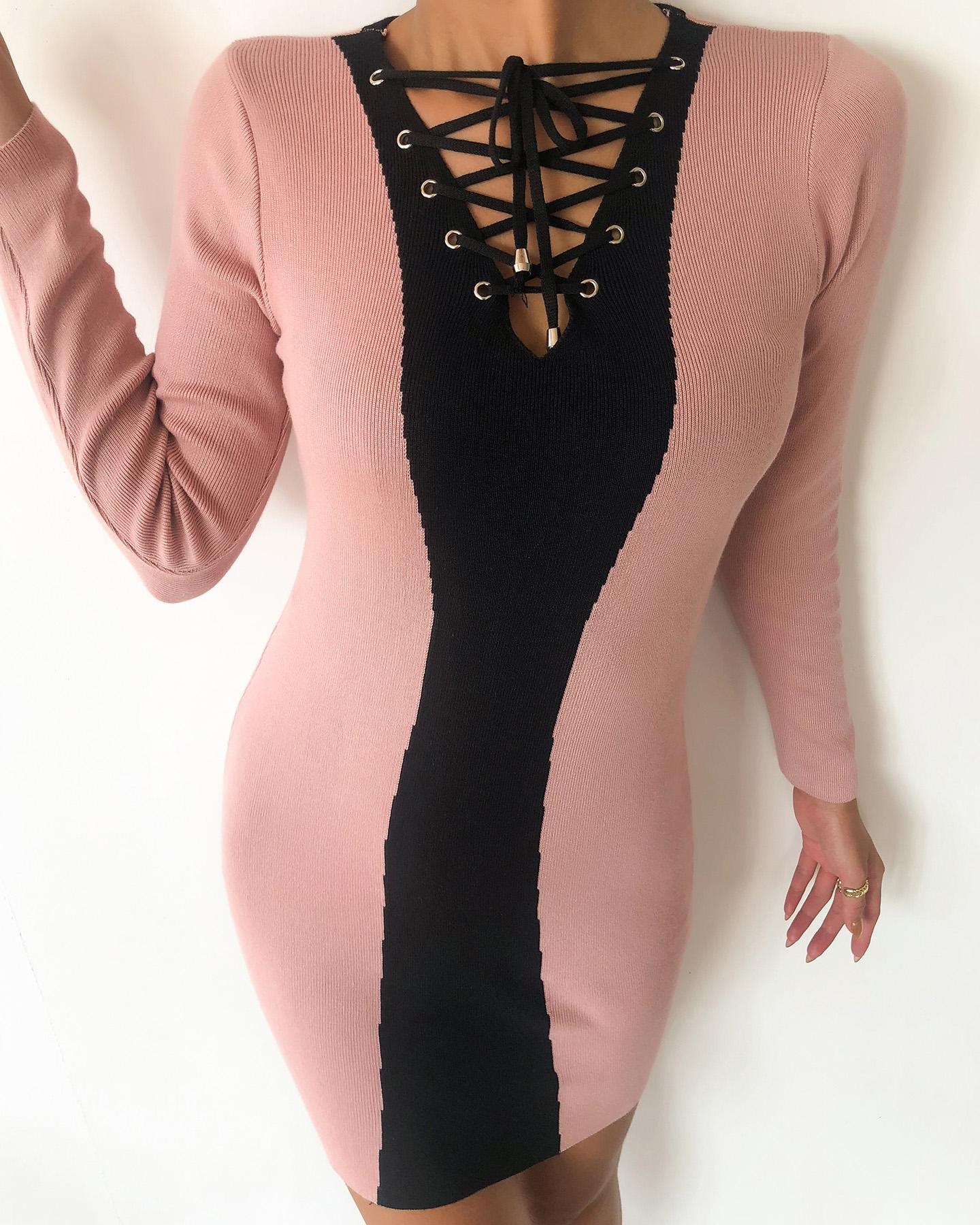 chicme / Colorblock Eyelet Lace-up Long Sleeve Bodycon Dress