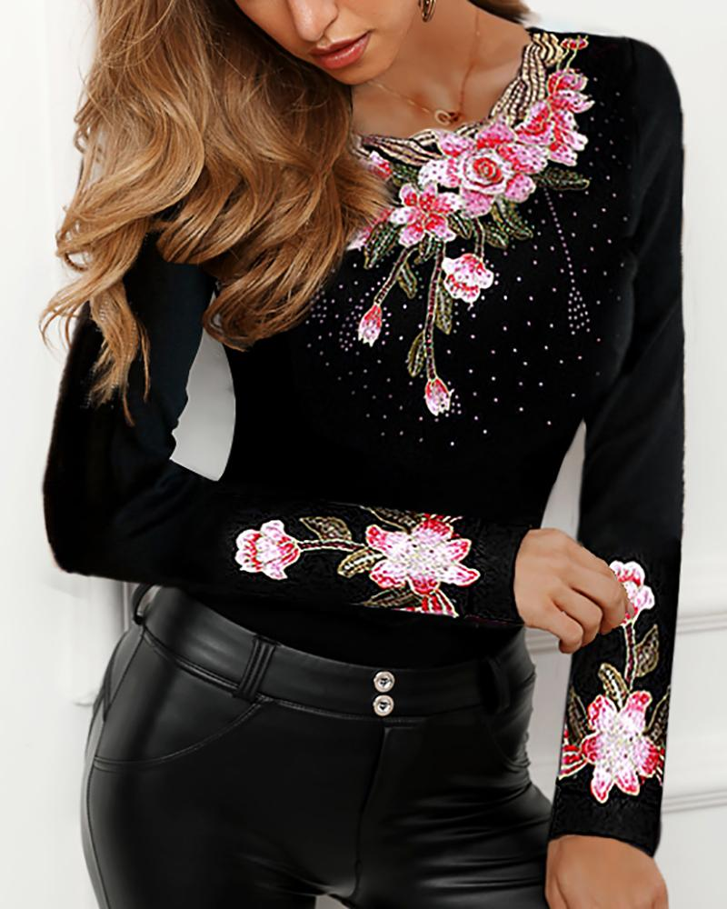 Flower Embroidery Studded Detail Blouse фото
