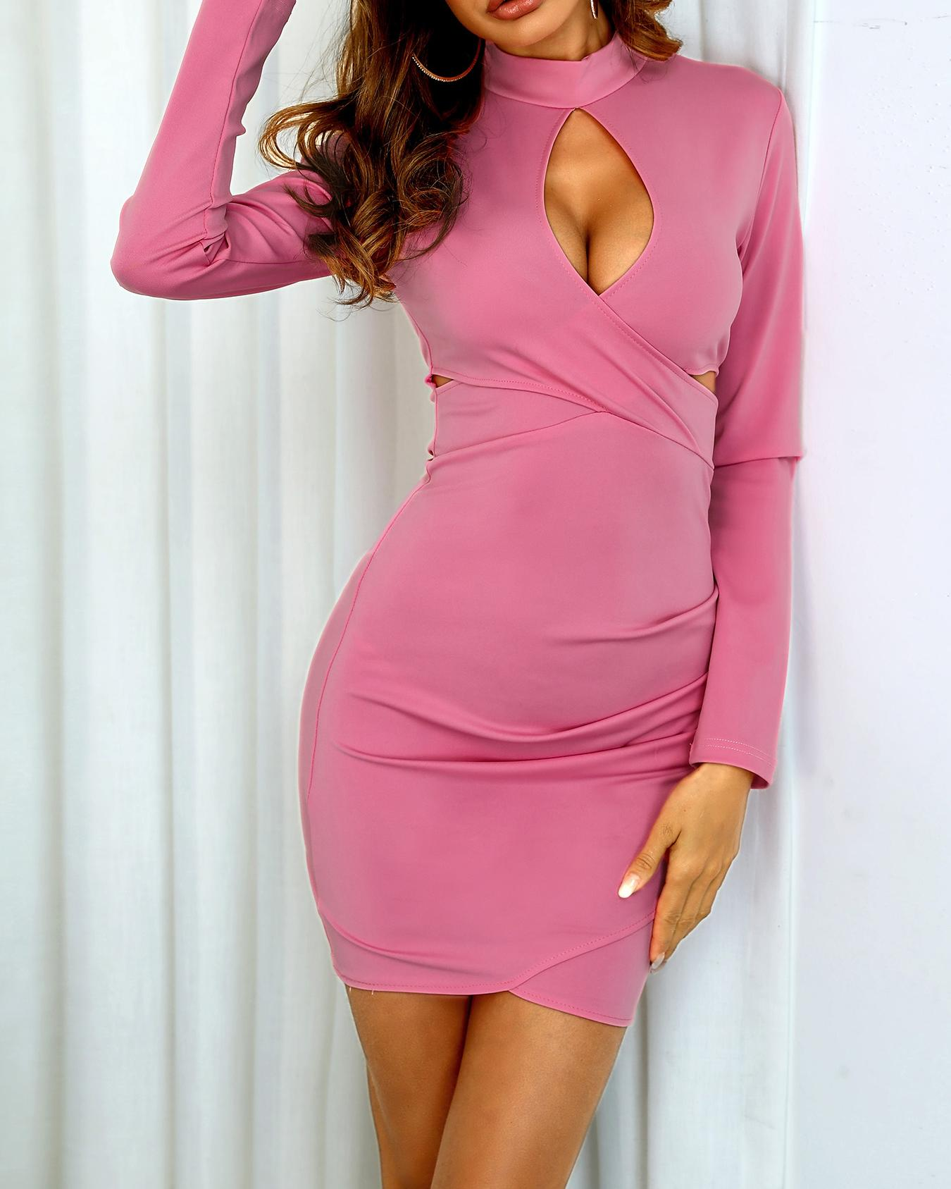 Cutout Crisscross Front Ruched Bodycon Dress фото