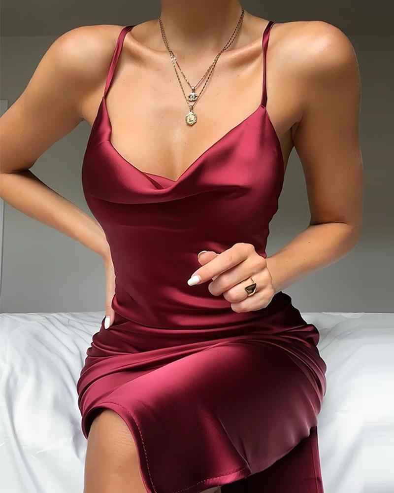chicme / Plunge Neck Satin Mini Dress