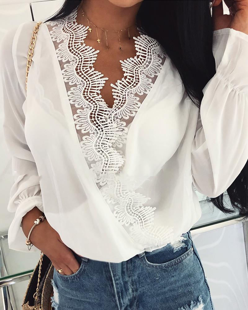 Double V-Neck Lace Trim Casual Blouse фото