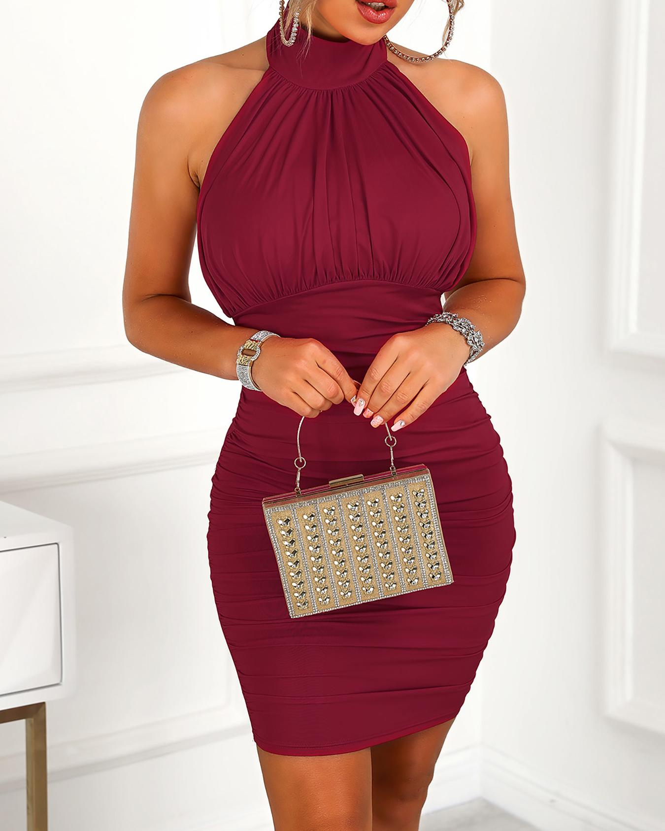 boutiquefeel / Halter Ruched Open Back Bodycon Dress