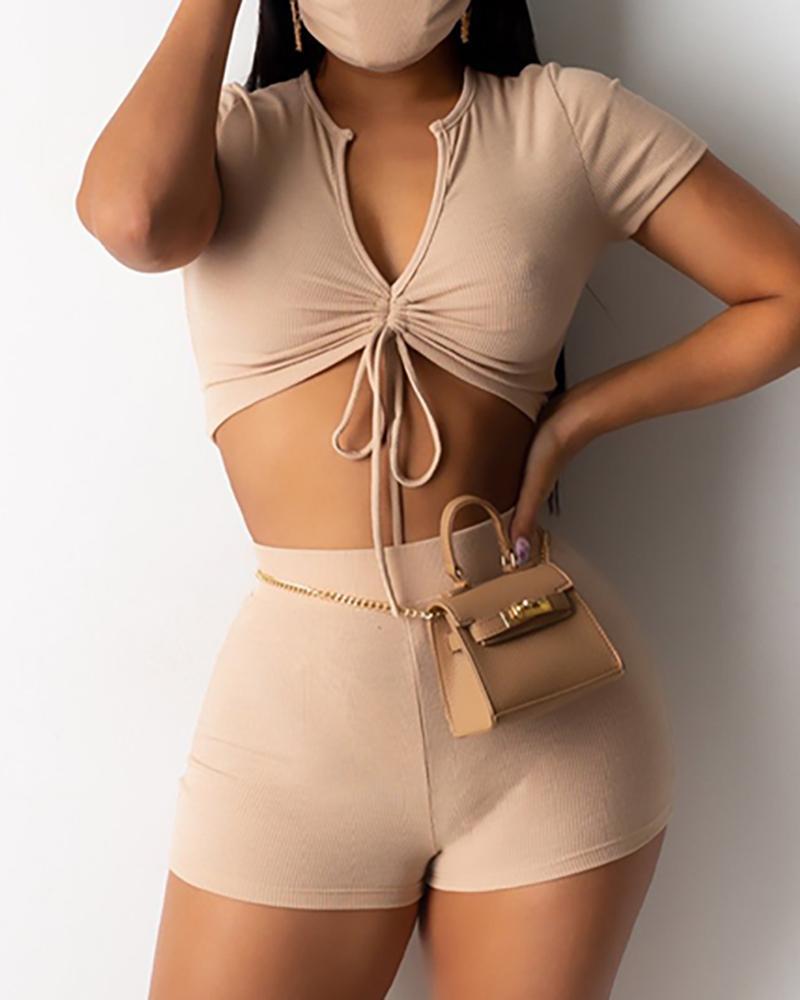 Ruched Crop Top & High Waist Shorts Set фото