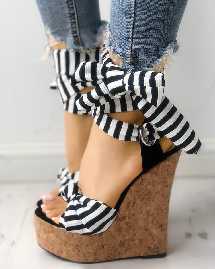 chicme / Sandalias de cuña de plataforma con peep toe de rayas bowknot