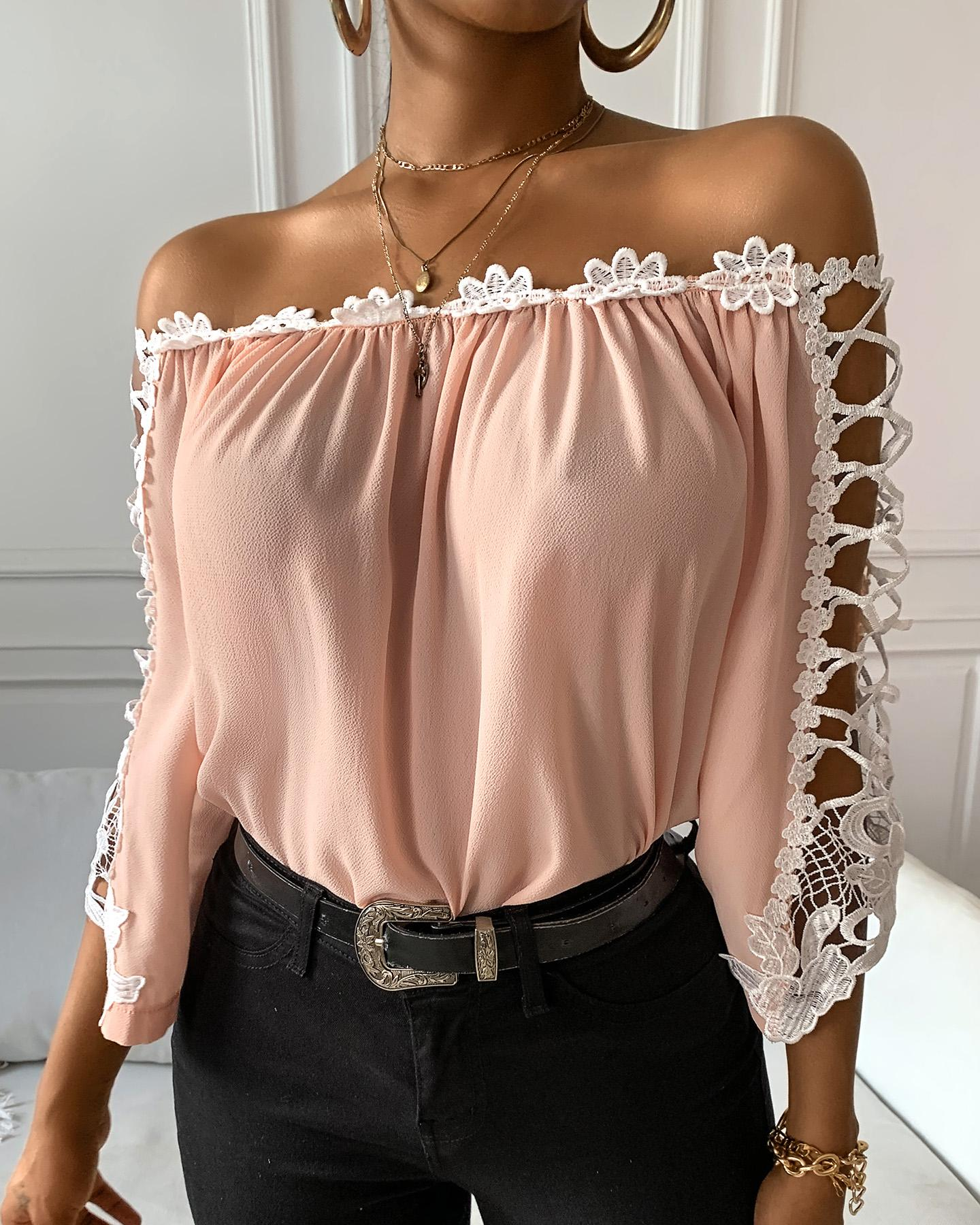 Off Shoulder Flower Applique Top фото