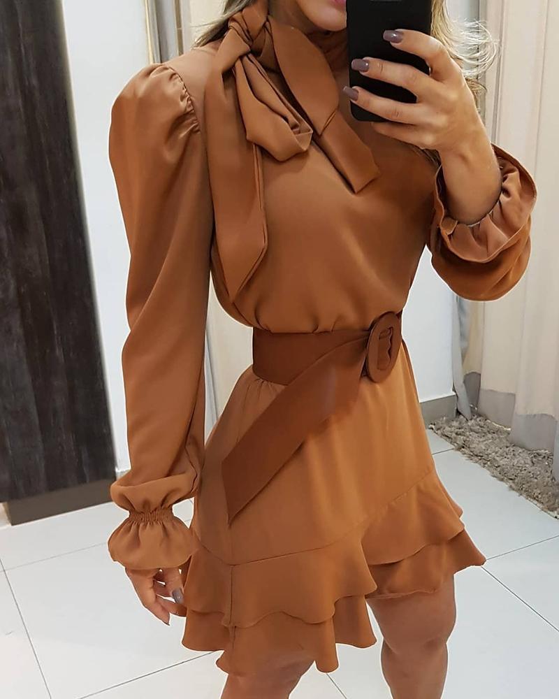 boutiquefeel / Vestido de volantes de manga larga con cuello anudado