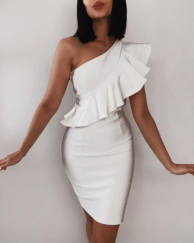 ivrose / Mini vestido con volantes de un hombro