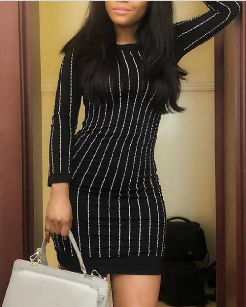 chicme / Mini vestido ajustado con adornos