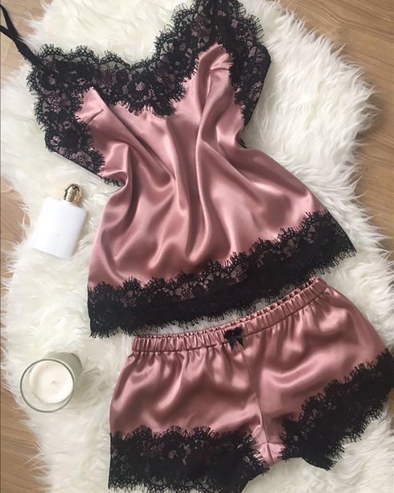 boutiquefeel / Conjunto de pijama de cetim com inserção de renda para cílios