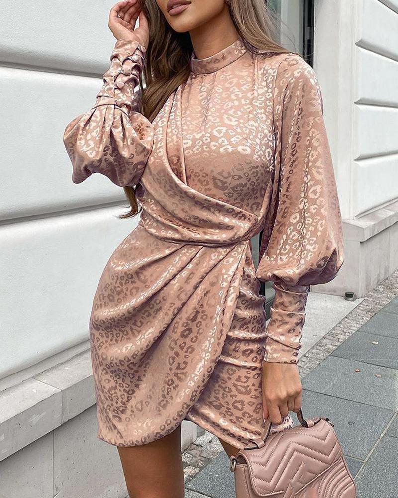 ivrose / Cheetah Print Ruched Lantern Sleeve Dress